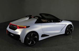 Honda_s660_2013tms001