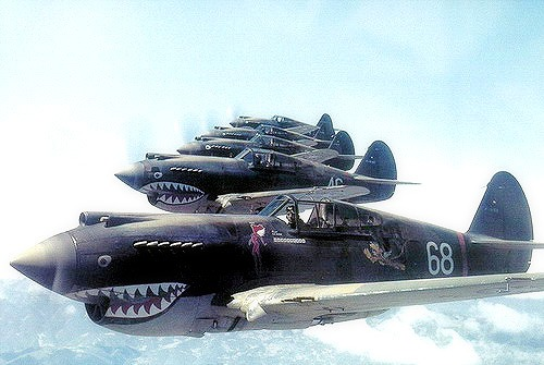 Warhawks_flying_in_formatio